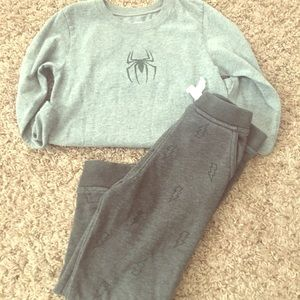 Boy's Garanimals joggers and Tee!